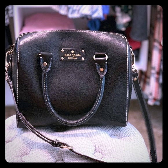 kate spade Handbags - Kate Spade handbag- gently used